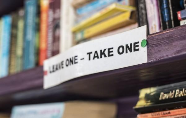 Bookshelf – Books rule